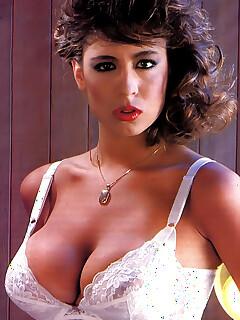 Retro Celeb Nude Pics